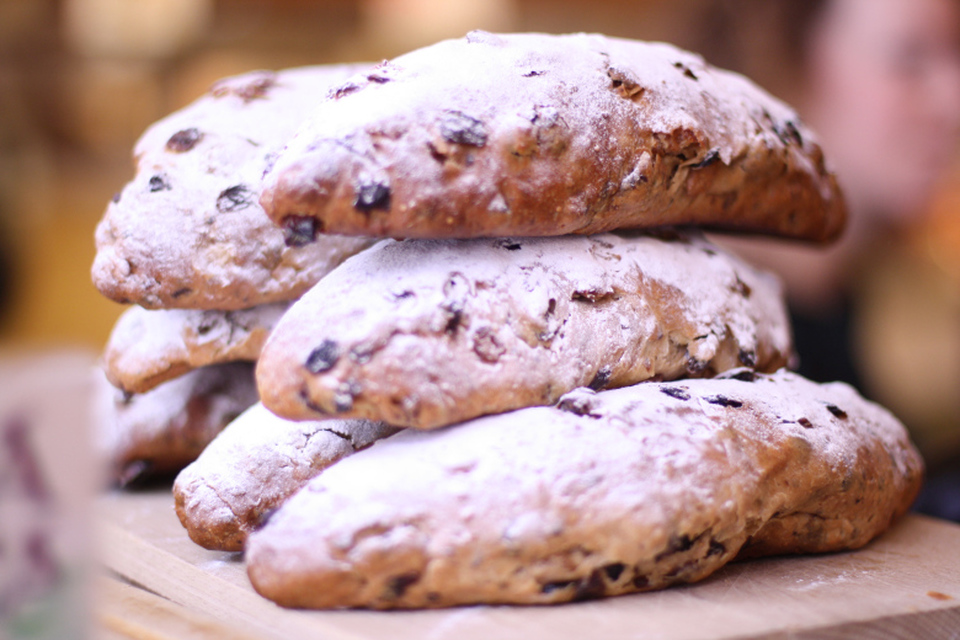Recipe: Easter Bread (Stollen)